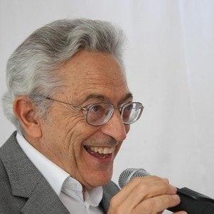 Alfredo Bosi tinha 84 anos