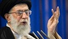 Aiatolá do Irã jura vingança a golfista parecido com Trump