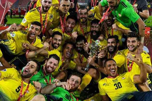 Aliás, foi o Al Ahed quem faturou, em 2019, a Copa da AFC, o segundo torneio mais importante de futebol dos clubes asiáticos. Foi o primeiro time libanês a conquistar um título continental.