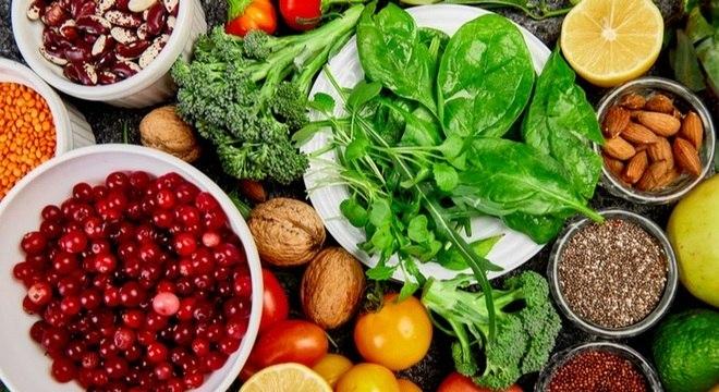 Alimentos para os idosos: saiba como comer bem após os 60 anos