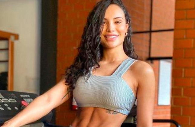 Aline Mineiro (modelo e atriz / 29 anos): A ex-panicat não se manifesta sobre futebol nas redes sociais.