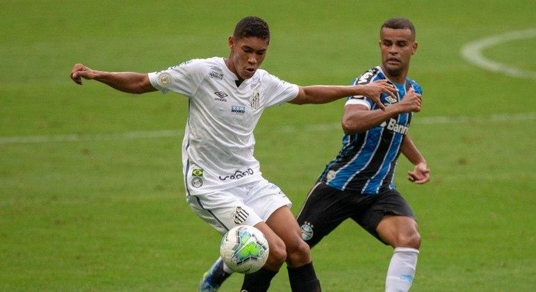 Grêmio e Santos fizeram um jogo bem movimentado na tarde de quarta-feira
