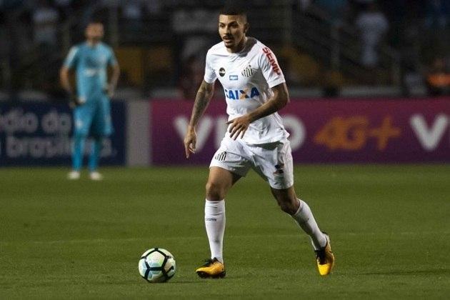 Alison — O volante do Santos tem contrato com o clube até 4/12/2022. Seu valor de mercado é de 1,5 milhões de euros (cerca de 8,4 milhões de reais), de acordo com o Transfermarkt