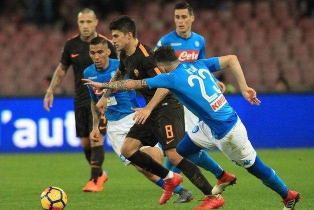 Allan, do Napoli, é um dos principais jogadores do Napoli. O jogador já está consolidado no futebol italiano e já foi elogiado por Tite