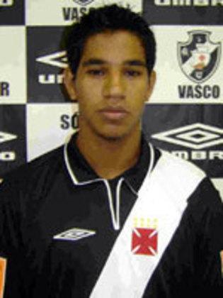 Allan - estreou em 2003 - 19 jogos e 2 gols pelo Vasco - Em 2020 vinha defendendo a Portuguesa-RJ