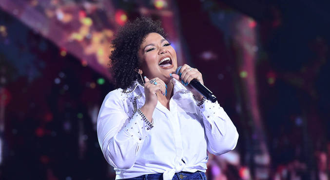 Alma Thomas venceu o The Four Brasil e agora é jurada do Canta Comigo 3