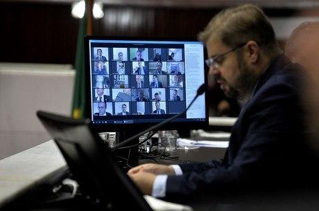 Assembleia adotou sessões virtuais