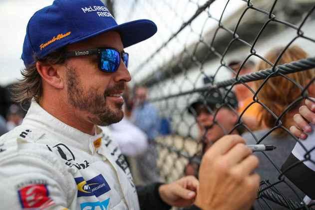 Alonso atraiu a atenção de fãs e foi uma verdadeira atração na categoria