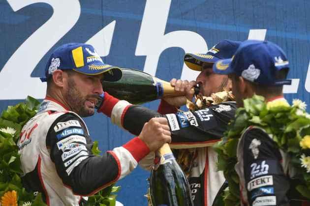 Alonso mostrou ter o espírito racer ao tentar buscar nova categoria