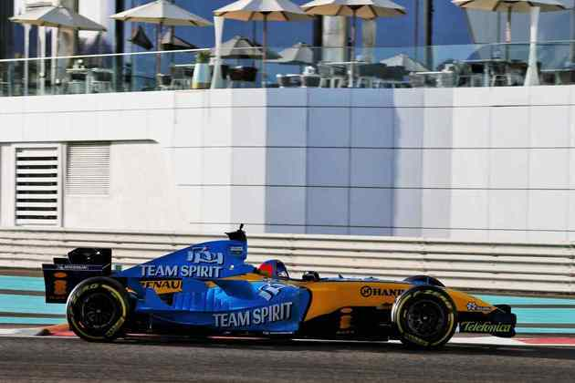 Alonso venceu sete vezes com o R25.