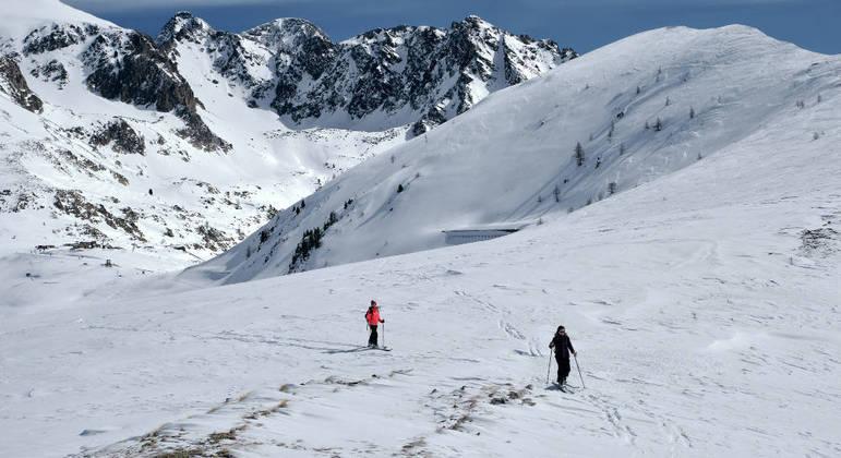 Esquiadores estavam a  3.200 metros de altitude