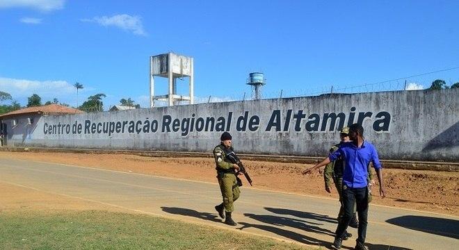 Altamira: por causa do mau cheiro, famílias desistem de velar mortos do massacre