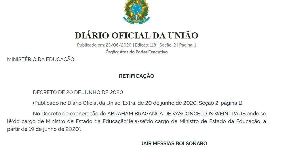 Decreto assinado pelo presidente com alteração da data