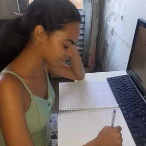 Isabela é aluna do 2º ano da ETEC