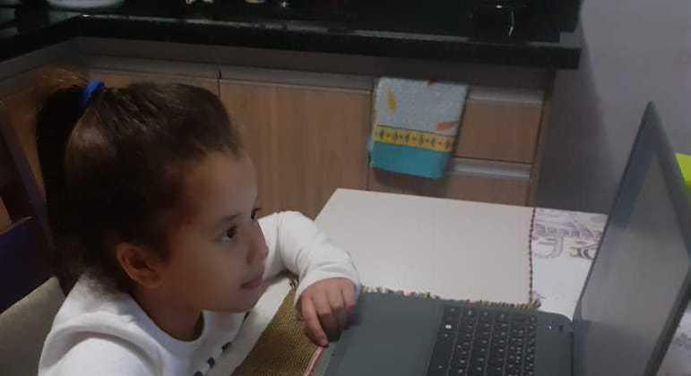 Ana Clara vai ganhar aulas de reforço para desenvolver melhor seu aprendizado