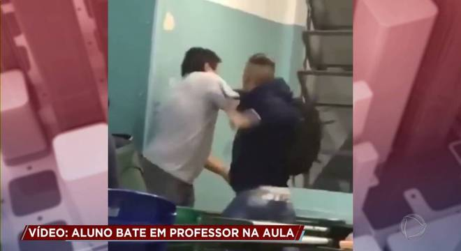 Aluno bate em professor em escola estadual da zona sul de SP por causa de nota