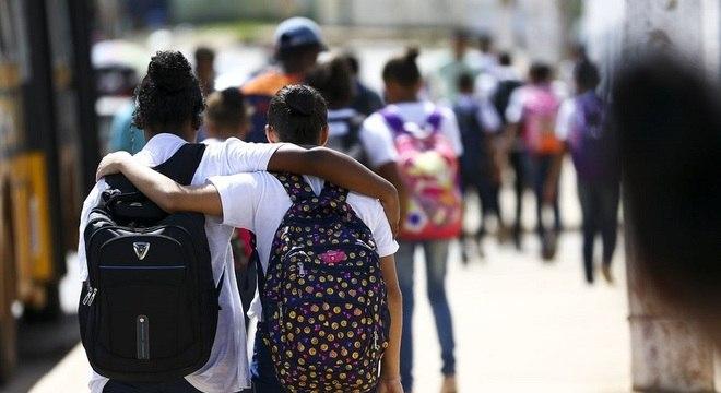 904 escolas ofertam a partir de hoje atividades de reforço e recuperação