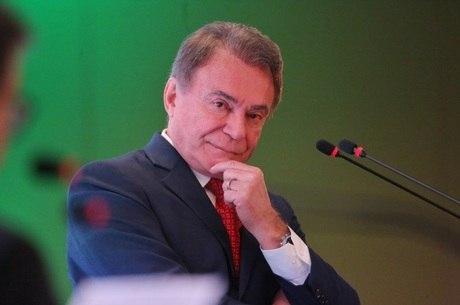 Alvaro Dias só apresenta propostas para saneamento