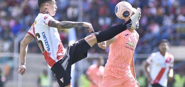 Always Ready: campeão do Campeonato Boliviano - Entra diretamente na fase de grupos.