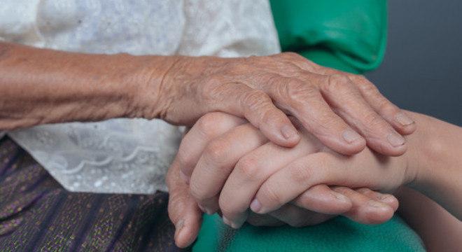 Aumento de mortes de pessoas com algum tipo de demência chegou a 250 por dia nos EUA