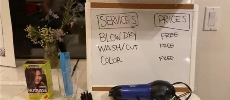 Todos os serviços do salão improvisado eram grátis