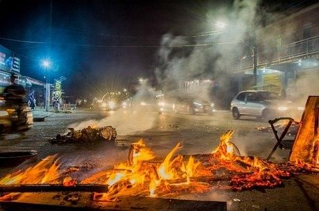Amapá tem protestos por falta de energia elétrica