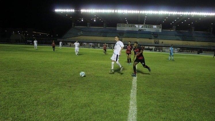 Amapá - O Campeonato Amapaense retorna no dia 27 de agosto. As seis equipes jogam entre si, em turno único, em sistema de pontos corridos, e as quatro melhores avançam às semifinais da competição. As finais estão marcadas para os dias 23 de setembro e 7 de outubro.