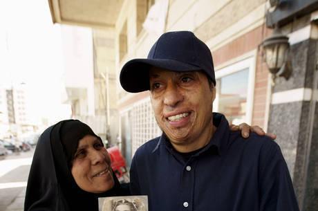 Amar com a mãe, em Bagdá; reencontro aconteceu após três anos separados