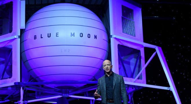 Dono da Amazon viajará à lua