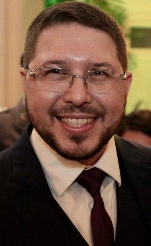 Vice-governador Carlos Almeida é alvo de busca e apreensão