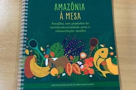 """Livro """"Amazônia à Mesa"""" foi pré-lançado no dia 3"""