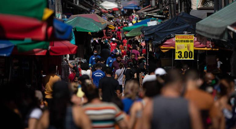 Manaus, um dos principais focos de avanço da variante brasileira