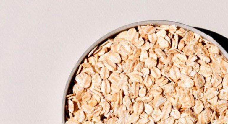 Ambos são ricos em vitaminas do complexo B e vitamina E. Abykeyla aconselha pelo menos três colheres por dia.