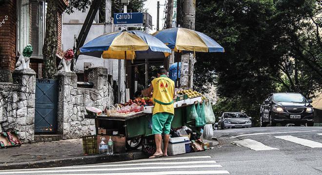 Mercado informal continua puxando a queda do desemprego no Brasil