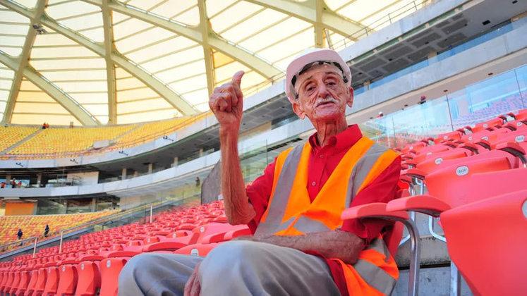América-AM: Amadeu Teixeira – Ele foi técnico e presidente do América por 53 anos. Este é o recorde de um treinador à frente de um clube de futebol.