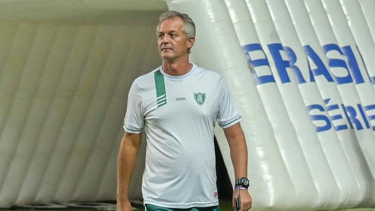 AMÉRICA-MG: Lisca – no cargo desde janeiro de 2020 / antecessor: Felipe Conceição