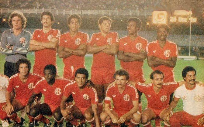 América-RJ - Considerado o quinto clube mais tradicional do Rio de Janeiro, o Mecão conquistou o Torneio dos Campeões, promovido pela CBF em 1982.