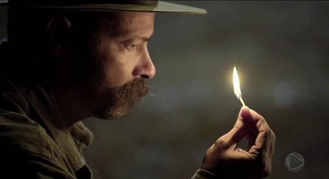 Bernardo provoca incêndio na casa de Miguel para matar Poderosa