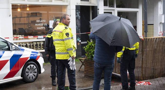 Jovem mata idoso e fere 4 pessoas em ataque com faca em Amsterdã