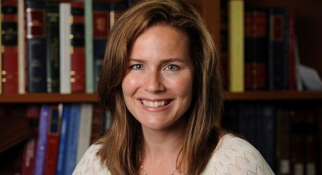 juíza Amy Coney Barrett foi aprovada pelo Senado dos EUA nesta segunda