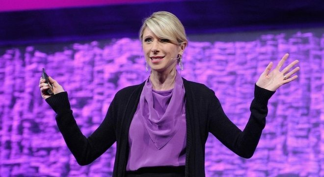 A psicóloga de Harvard Amy Cuddy ajudou a popularizar a ideia da 'postura de poder'