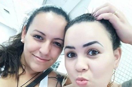 Ana Flávia e Carina, suspeitas de matar família
