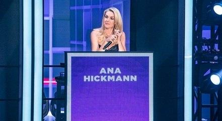 """Ana Hickmann  nas gravações do """"Paredão dos Famosos"""""""
