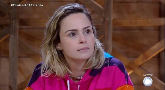 Ana Paula Renault não era chegada em banhos, segundo Sandro Pedroso