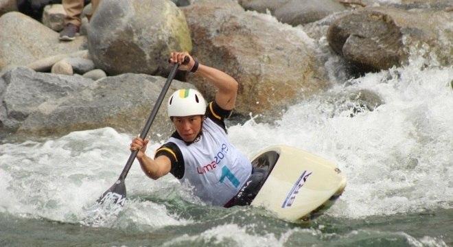 Ana Sátila garantiu medalha de ouro para o Brasil na canoagem slalom