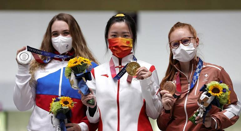 Anastasiia Galashina, Yang Qian, Nina Christen, tiro esportivo, Olimpíada, Tóquio 2020, pódio