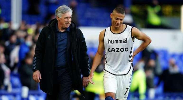 Ancelotti e Richarlison. A parceria foi ótima no Everton. O treinador quer o jogador
