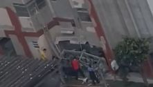 Andaime despenca de 9º andar de prédio em SP e deixa um ferido