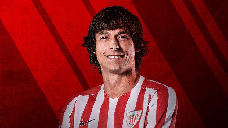Ander Iturraspe - Meio campista basco de 31 anos, Iturraspe defendeu por várias temporadas o Athletic Bilbao, até que chegou ao Espanyol e após o término da temporada 2019/20, ficou sem contrato e livre para assinar com qualquer clube.