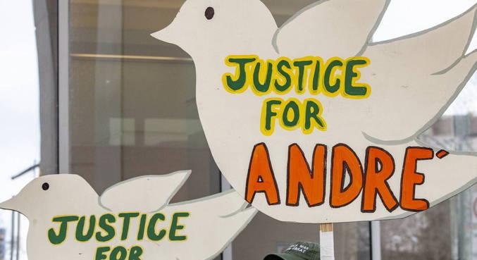 Andre Hill foi morto por policial após abordagem